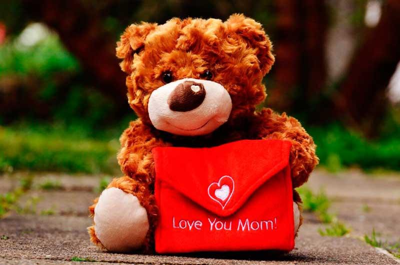 Стихи и поздравления на День матери